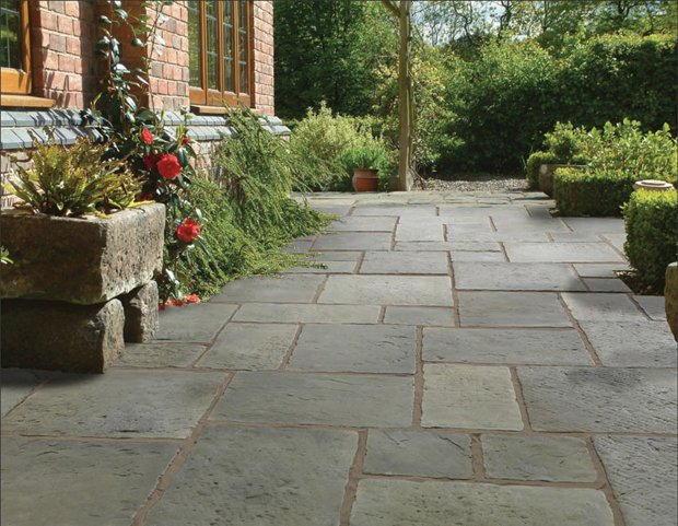 Garden pavestone natural paving stone for gardens and for Hard surface garden designs