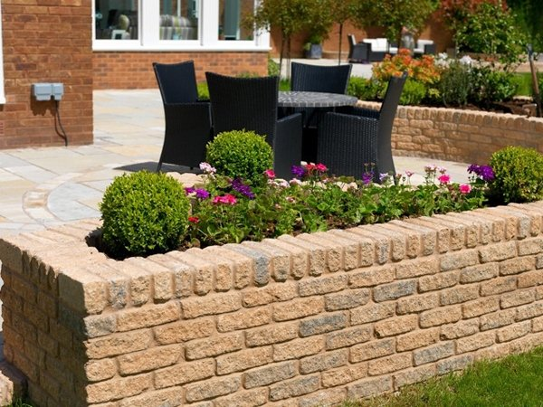 Image for Burford Walling in Ironstone